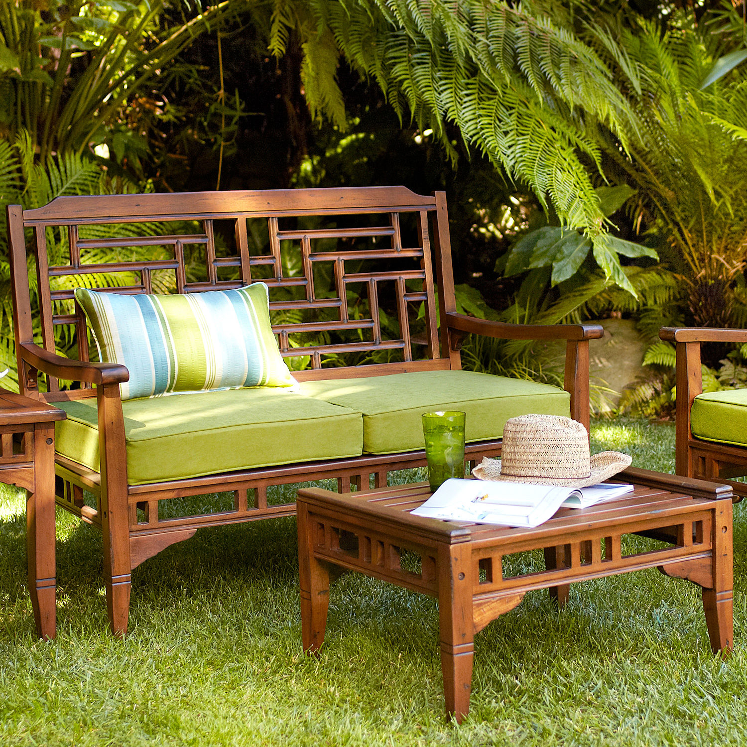 Outdoor furniture stellar interior design for Outdoor garden furniture