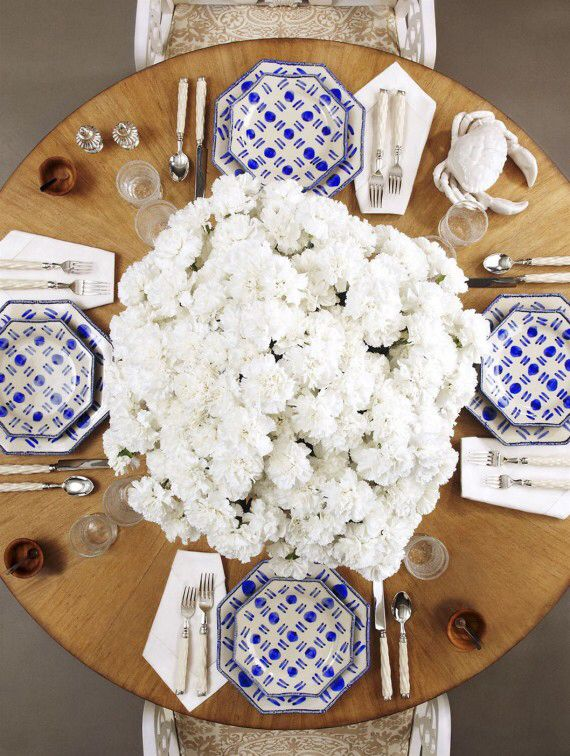 Oscar blue and white dinnerware